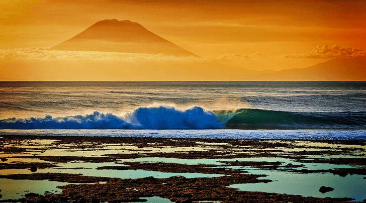 3 surfistas atacados en Lombok