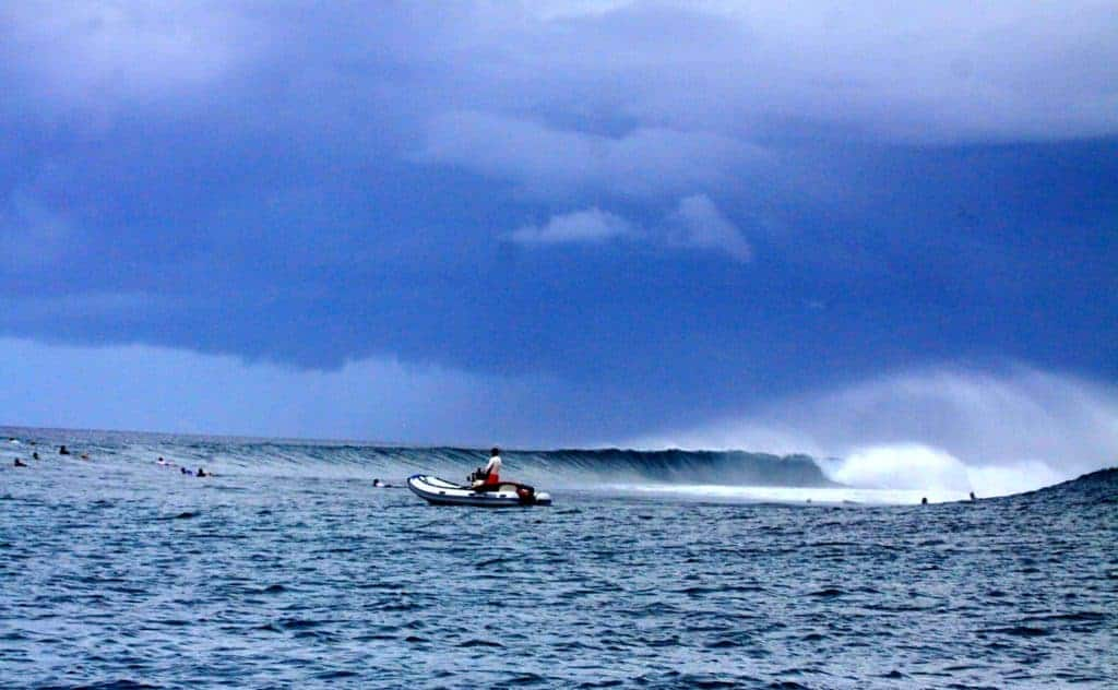 Maldives surftrip