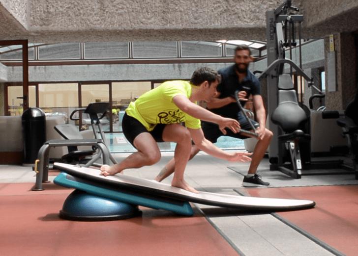 Entrenamiento funcional de surf: Remada, coordinación y equilibrio