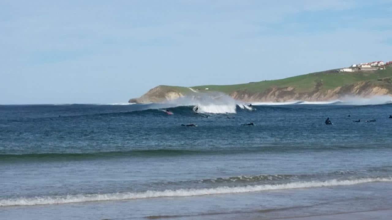 surf-playa-meron