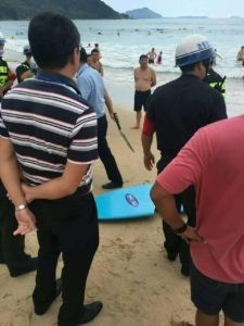 prohibido hacer surf en china