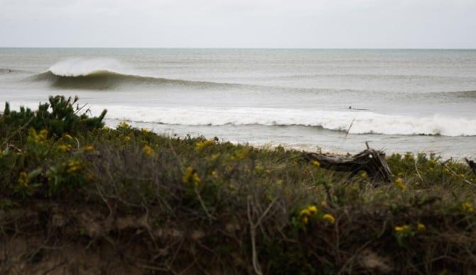 7 lugares del mundo donde puedes terminar arrestado por hacer surf