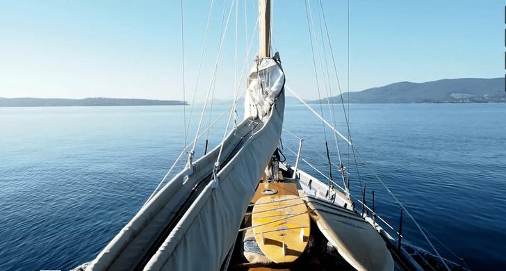 Un surftrip en velero alrededor de la Isla de Tasmania