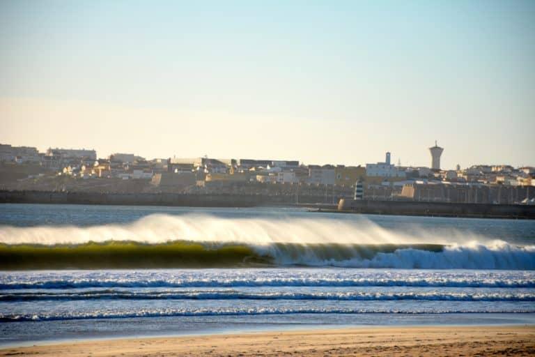 Festival de surfing en Supertubos, Portugal
