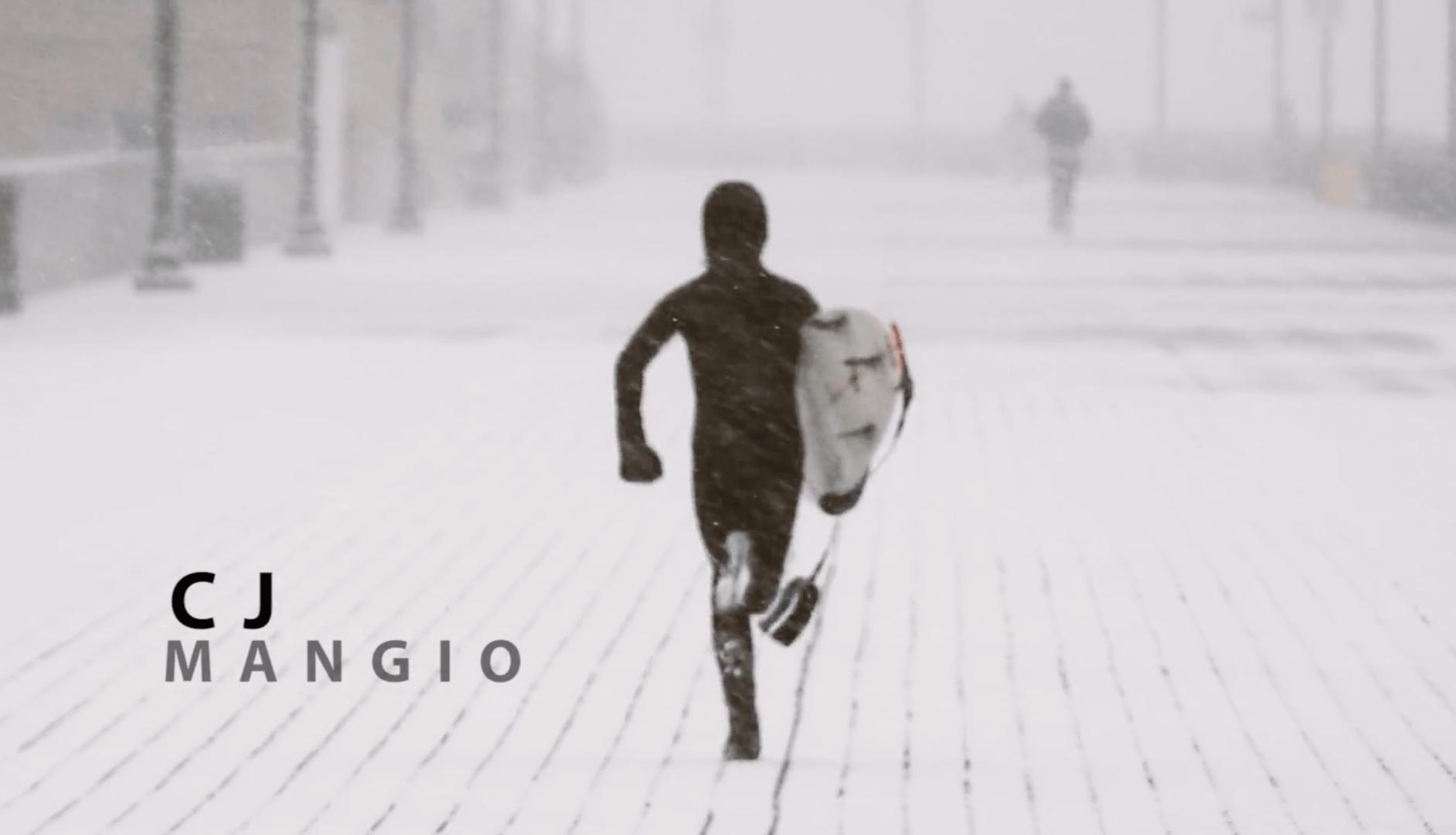 CJ Manigo, el surfista de 11 años de Nueva York