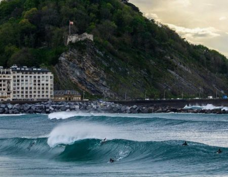 surfing-the-basque-country