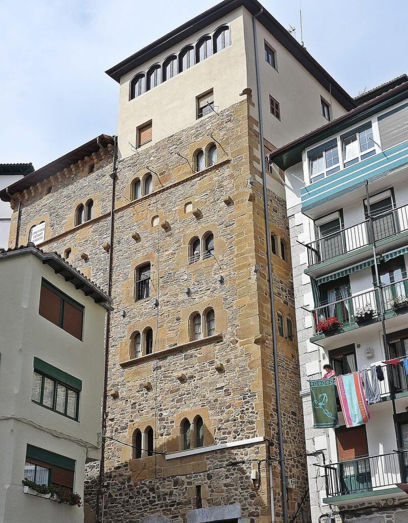 Casa Torre de Berriatua Mutriku