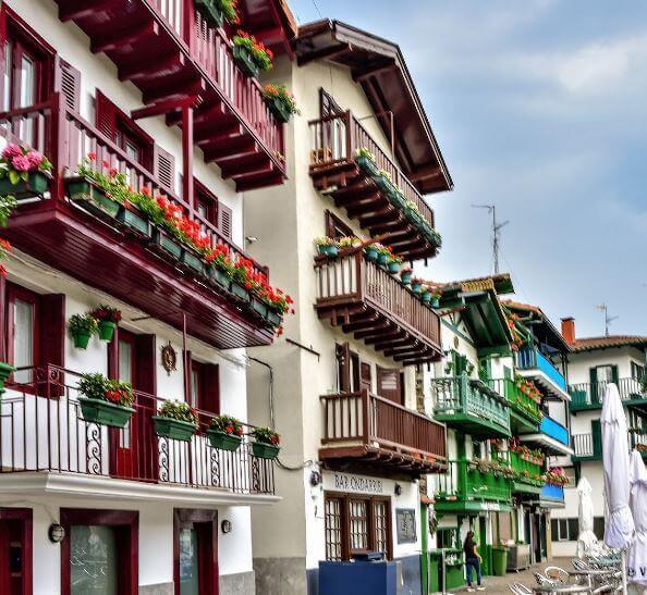 Casas tradicionales del Barrio de la Marina Hondarribia