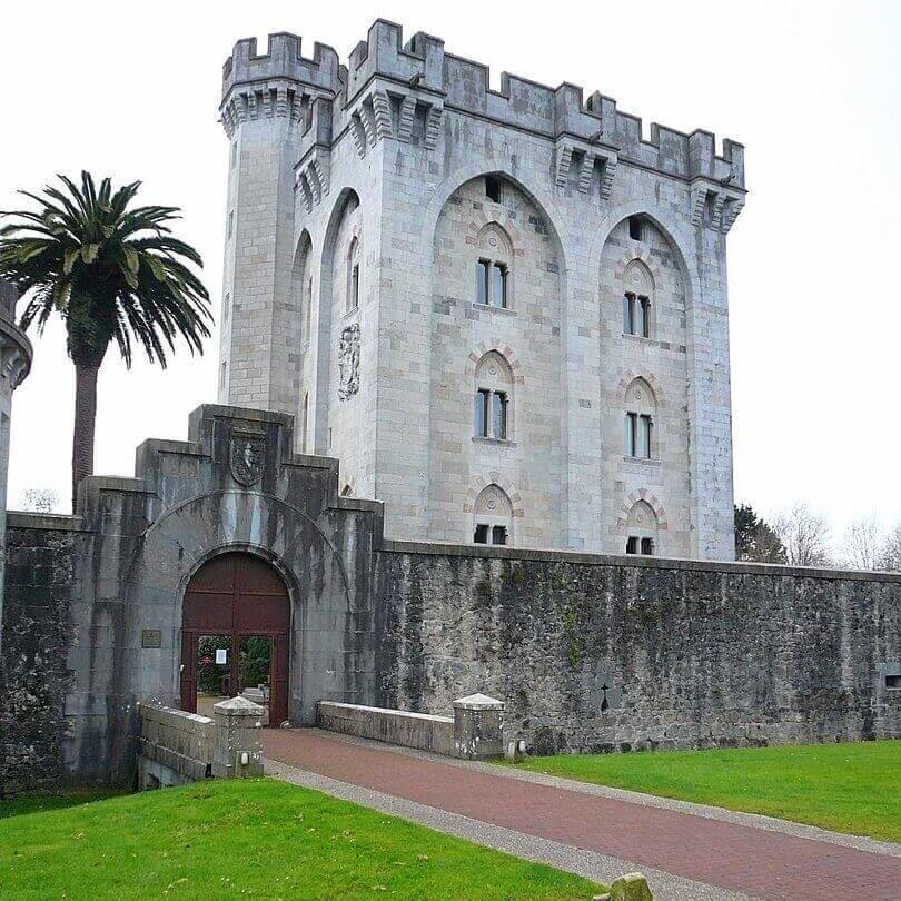 Castillo de Arteaga y entorno