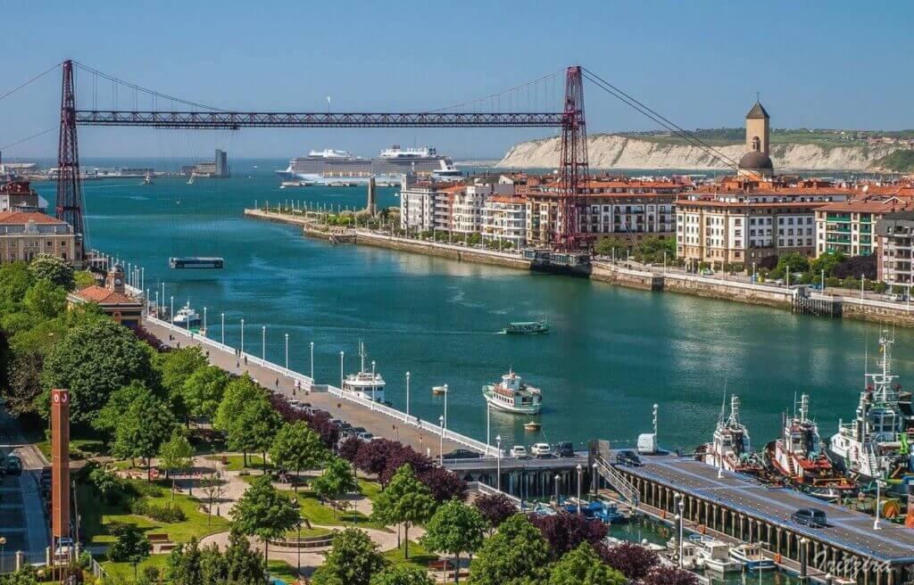 Puente Colgante. Patrimonio de la Humanidad por la UNESCO desde 2006