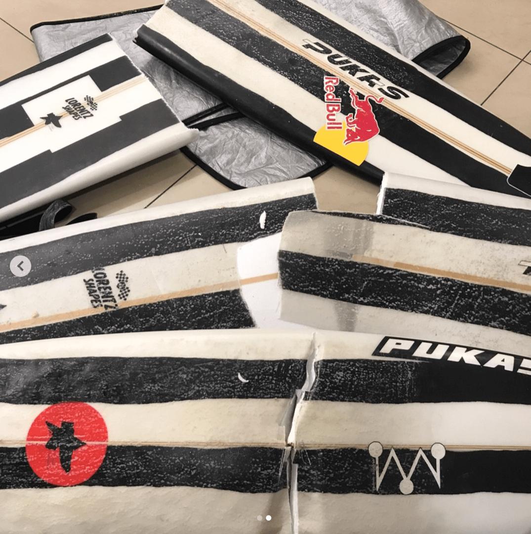 Ocultar Iberia destroza las tablas de surf de Natxo González