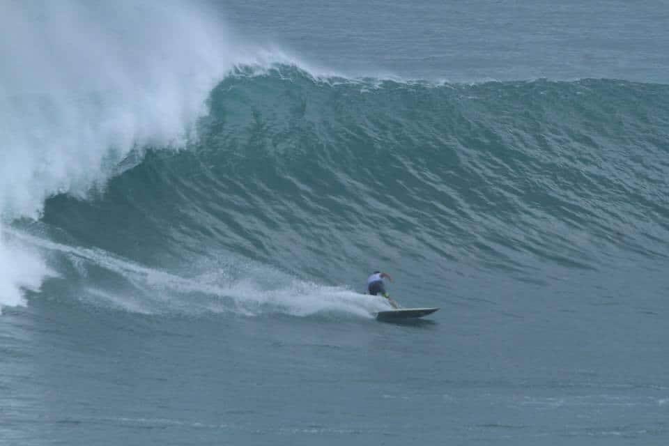 Victor el surfista español atrapado en Singapur