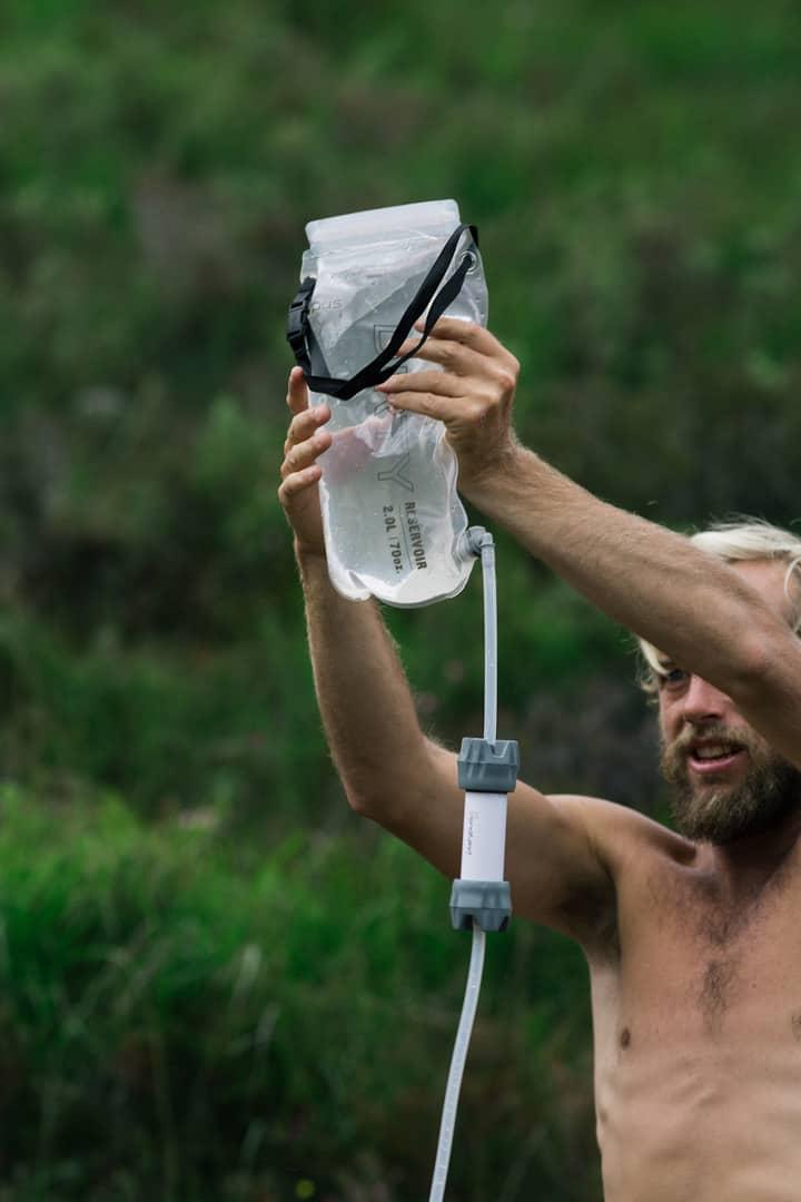 transportar agua en un viaje