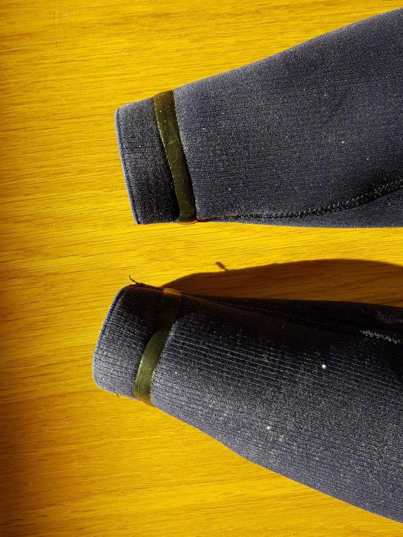 Psychotech 4/3 wetsuit wrists
