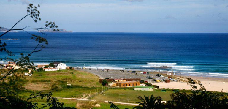 Las 5 mejores playas para hacer surf en Galicia