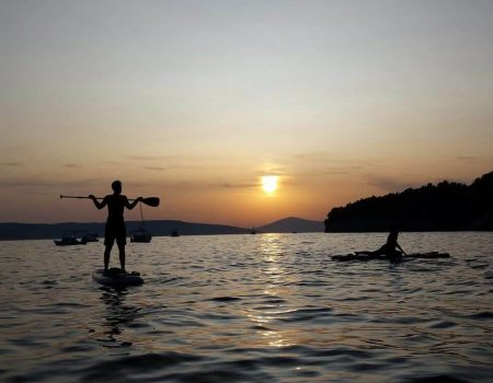 All you need to know about paddle board