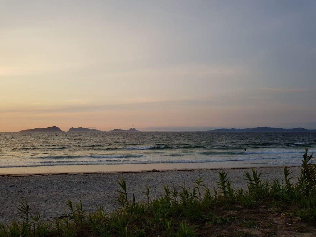 Surf en la Playa de Patos
