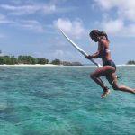 mireia martinez maldivas surf