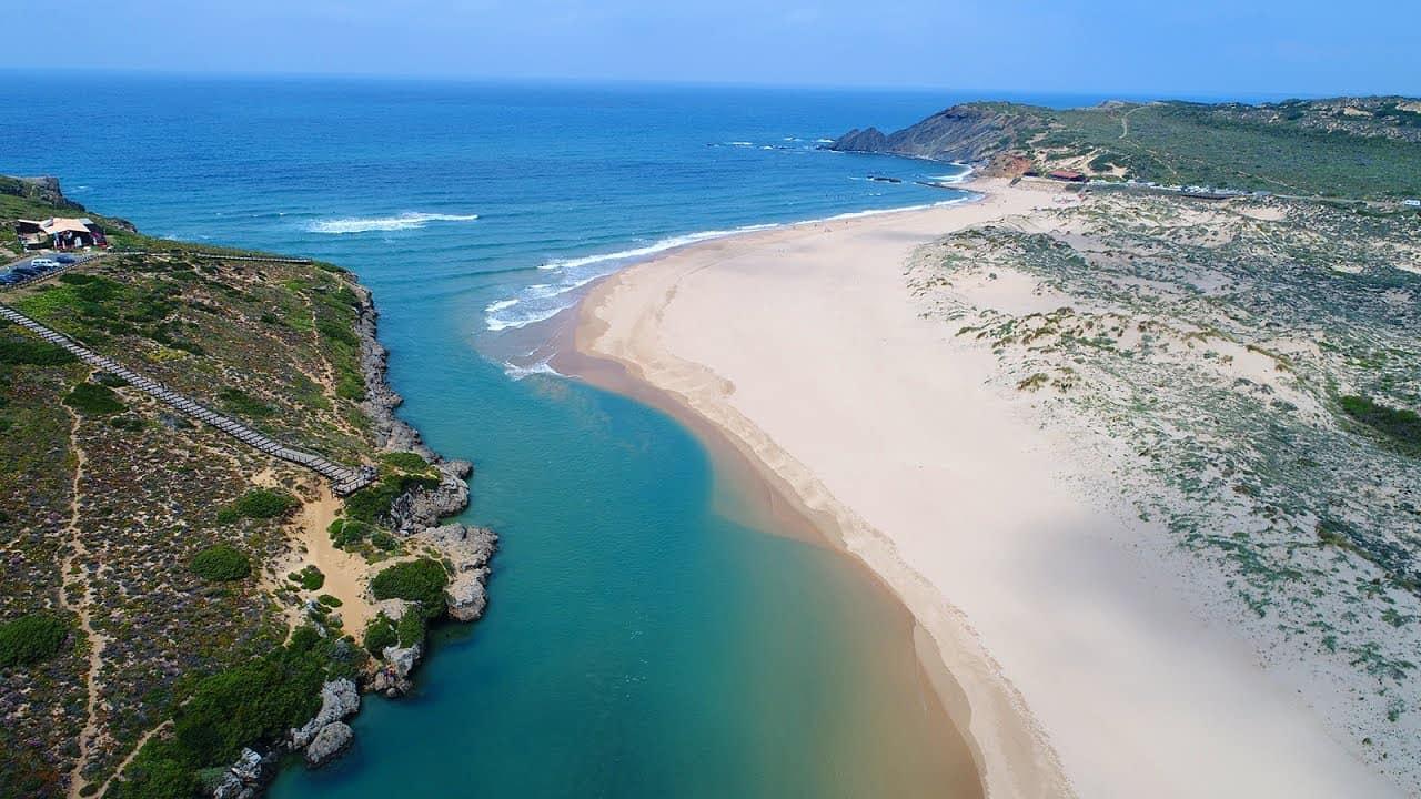 Praia da Amoreira surfspot