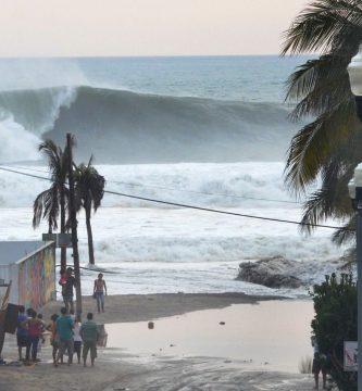 surf puerto escondido