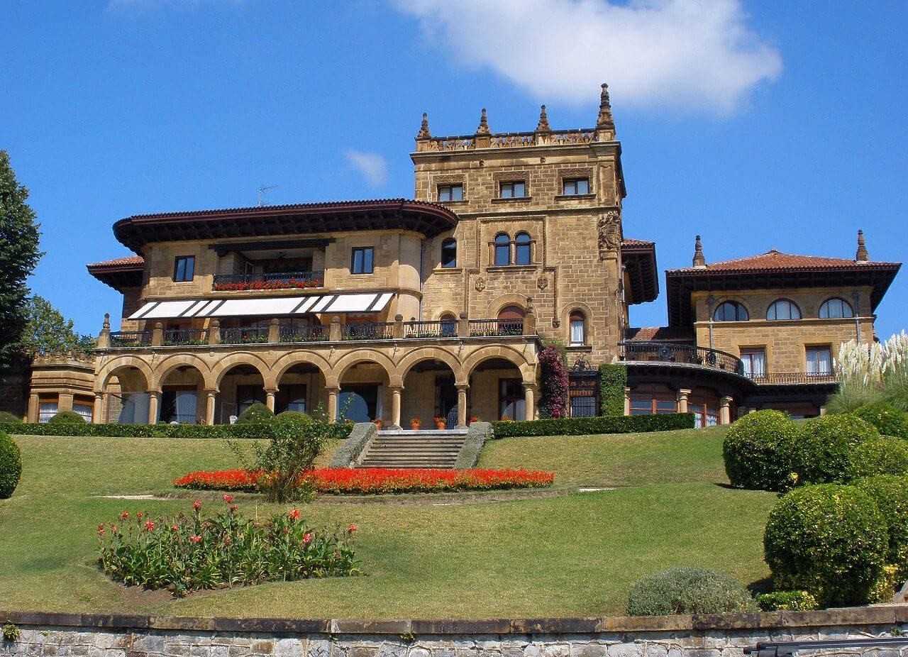 Palacio de Lezama-Leguizamón