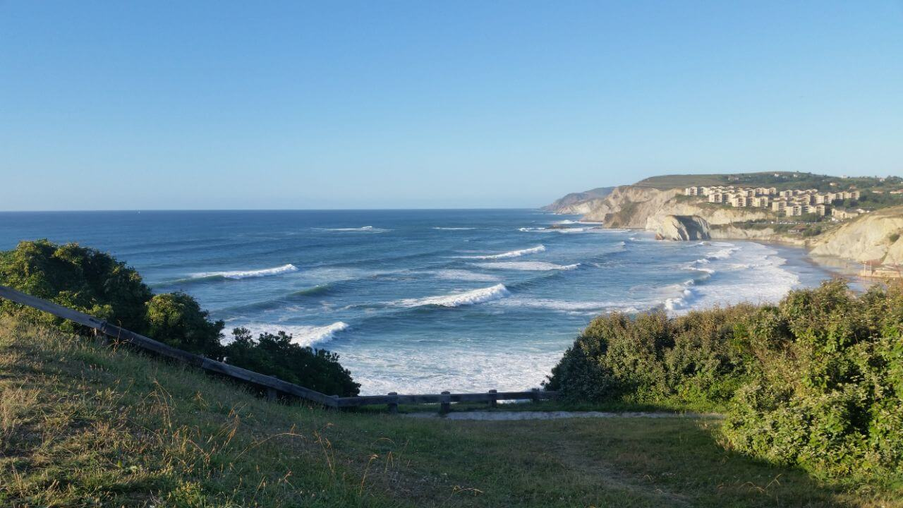 playa sopelana surf