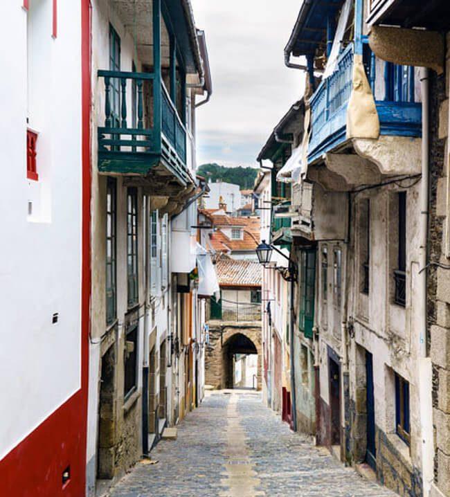 etanzos calle estrecha barrio pescadores A Coruña
