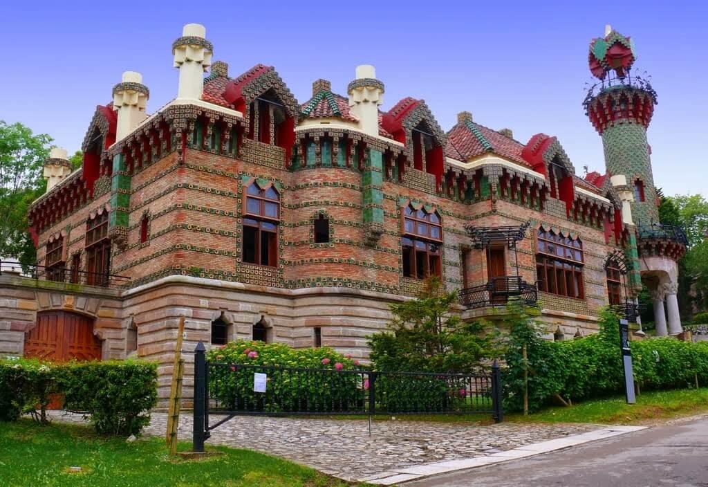 Capricho de Gaudí Comillas Cantabria