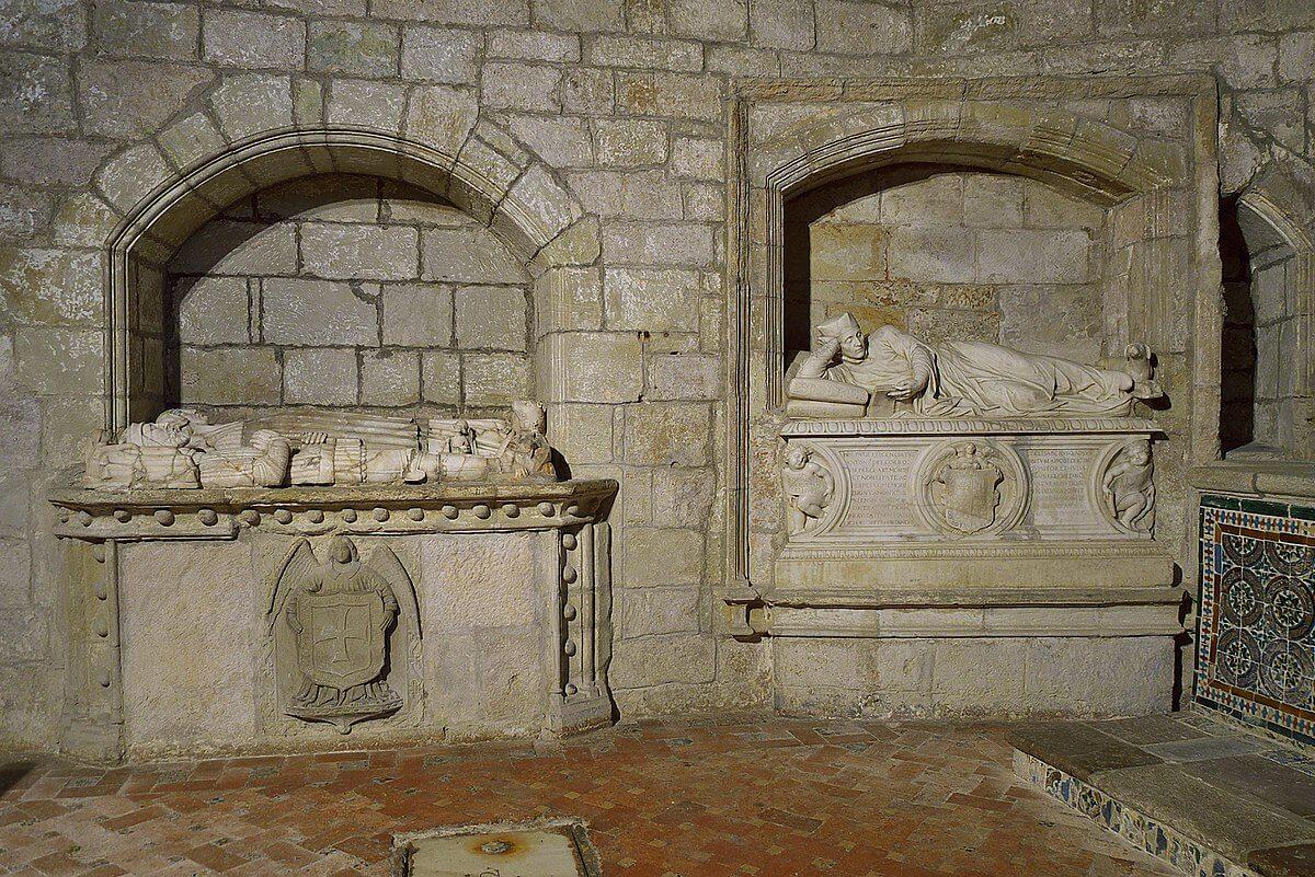 Sepulcro de Antonio del Corro Cantabria