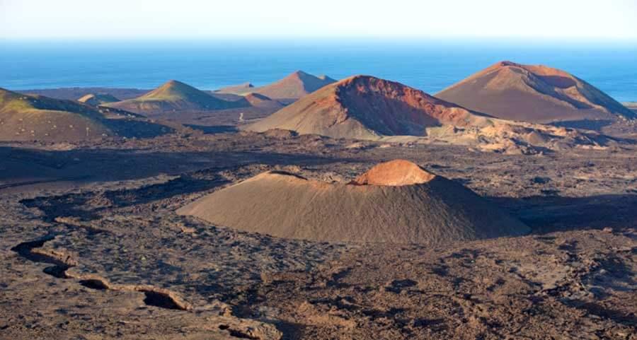 Montañas de fuego lanzarote canarias islas