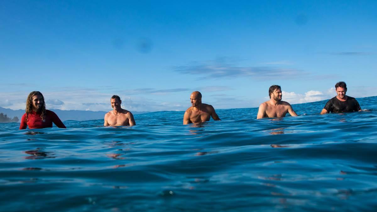 momentum pelicula grupo surf fotograma